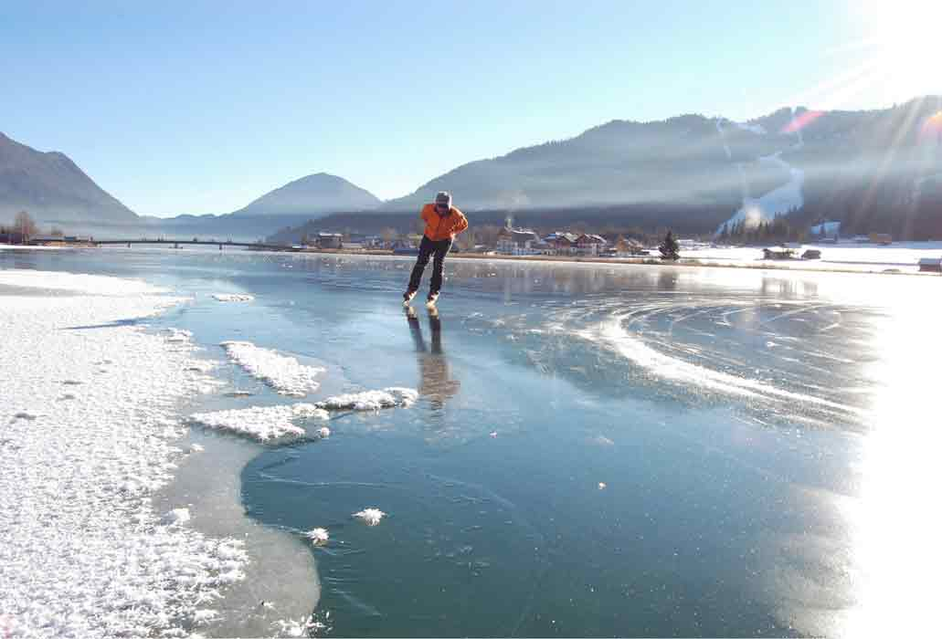 Gralhof-weissensee-schlittschuhlaufen