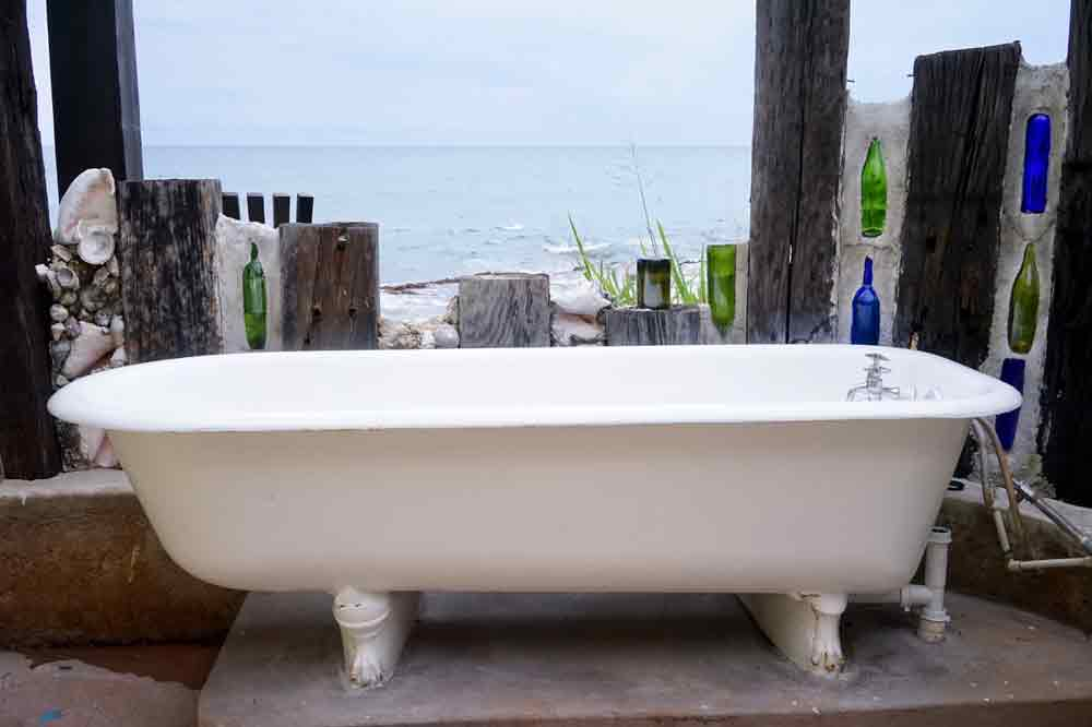 Aussenbadewanne in Jakes Hotel Treasure Beach Jamaika