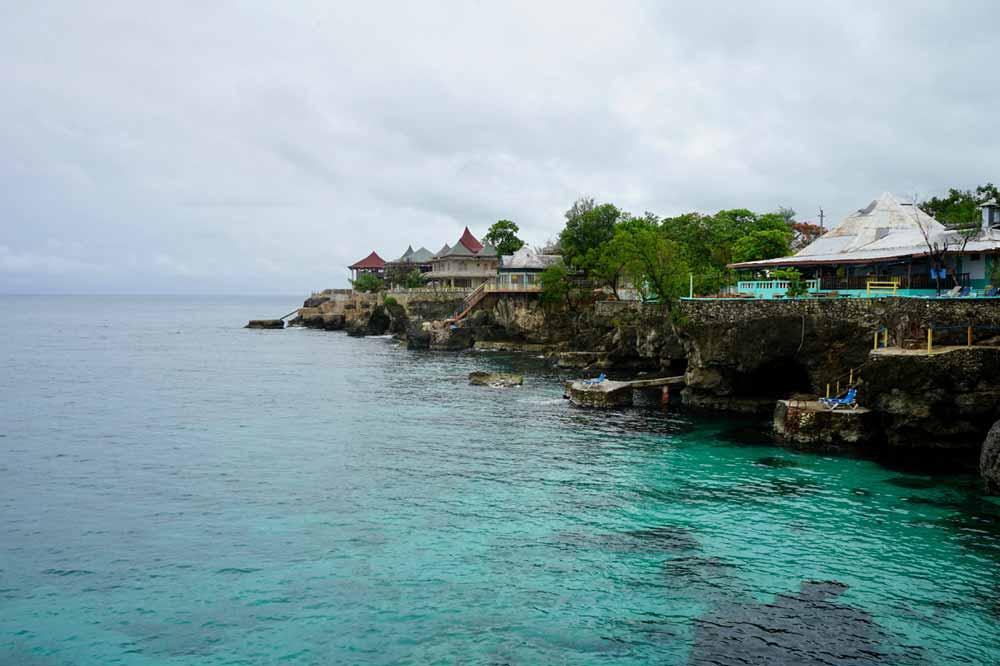 Hotels an der Felskueste von Jamaika
