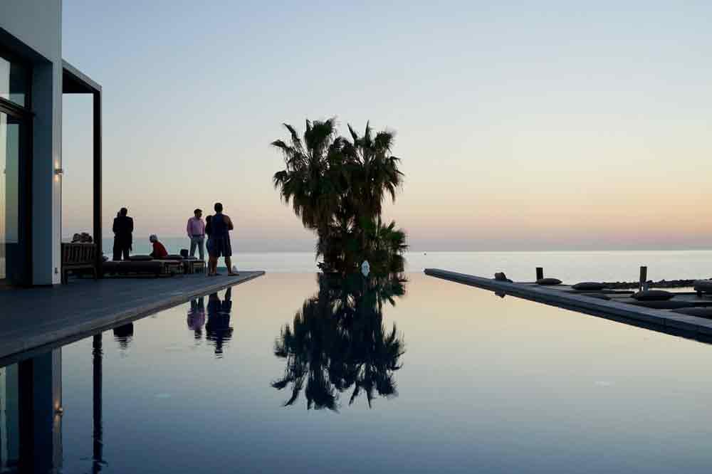 Infinity Pool Almyra Hotel Zypern