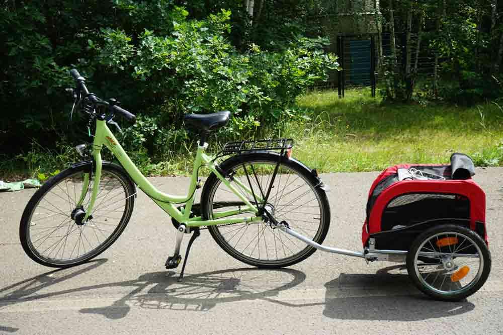 Fahrrad mit hundeanhänger Fahrradtour Lausitzer seenland