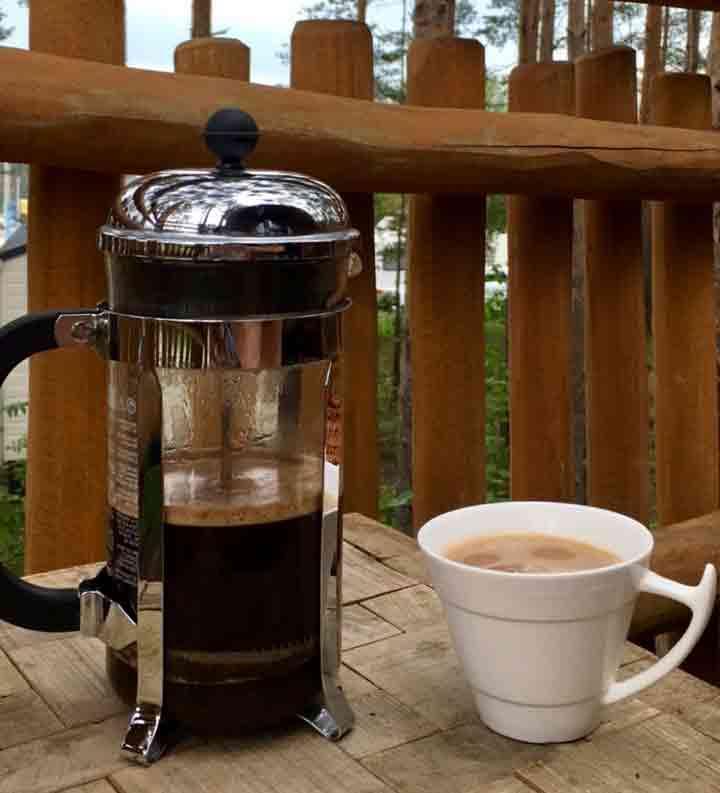 kaffee im baumhaus hafencamp senftenberger see