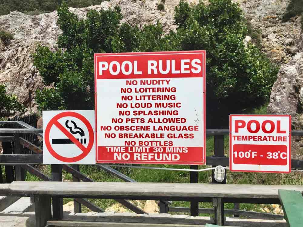 Saint Lucia Ausflugstipps Sulphur Springs. Pool rules