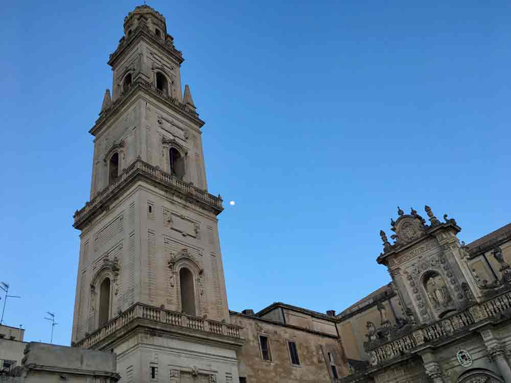 Apulien Lecce Domplatz