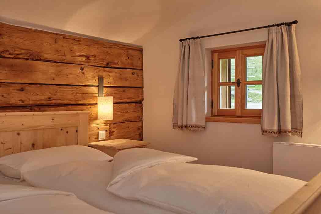 Zimmer-unterm-dach-Veidlerhof_©2016HMG_0542_PA