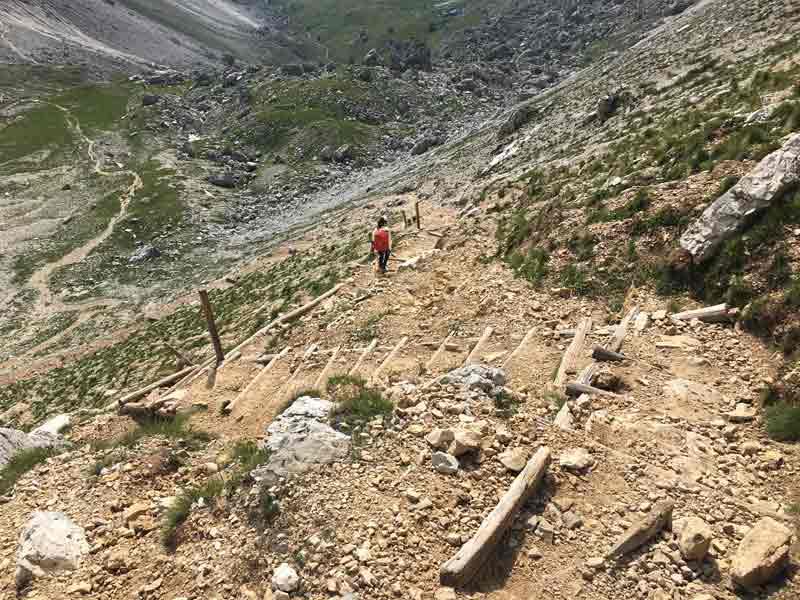 Abstieg höehenweg 2 Dolomiten