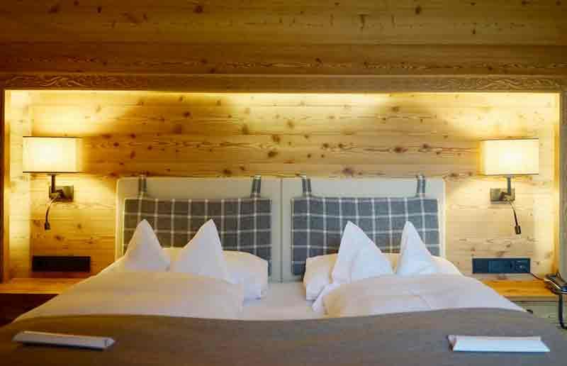 cooles design doppelzimmer chalet gerhard