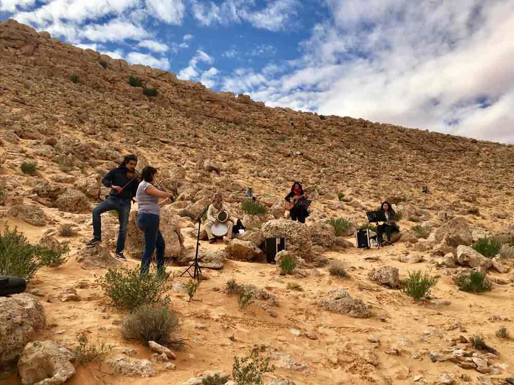 Musique et silence im Camp Mars Wüstencamp in Tunesien