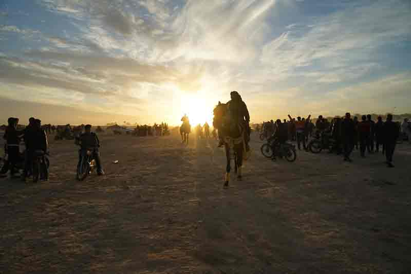 Sahara-festival-in-Douz-Tunesien-Sonnenuntergang