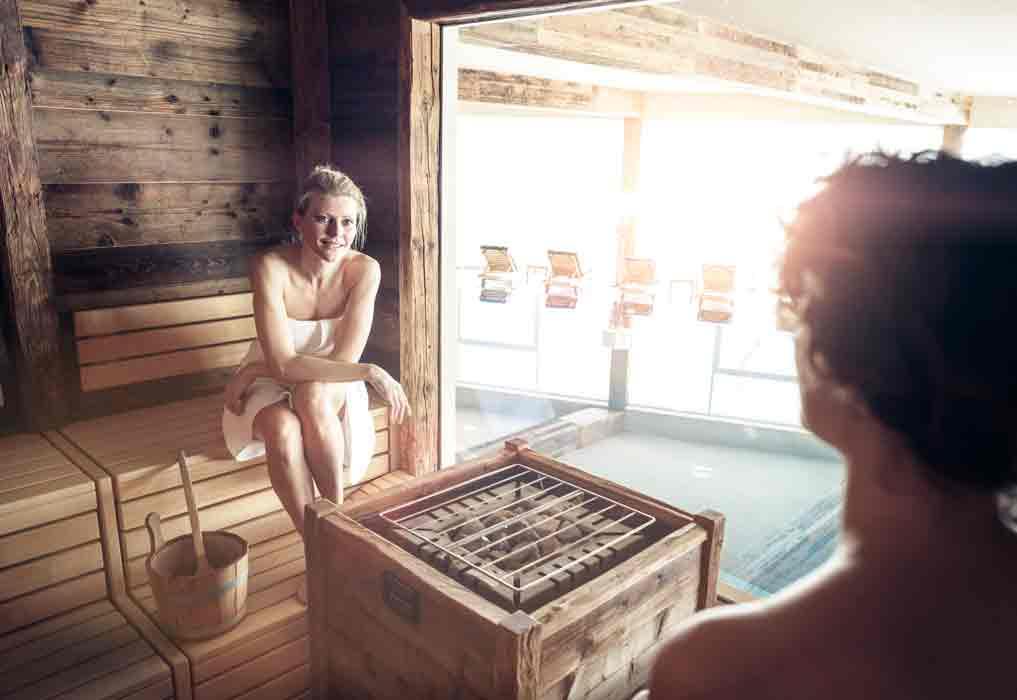 """Sauna """"Mons Silva"""" Luxus Chalets in Südtirol"""