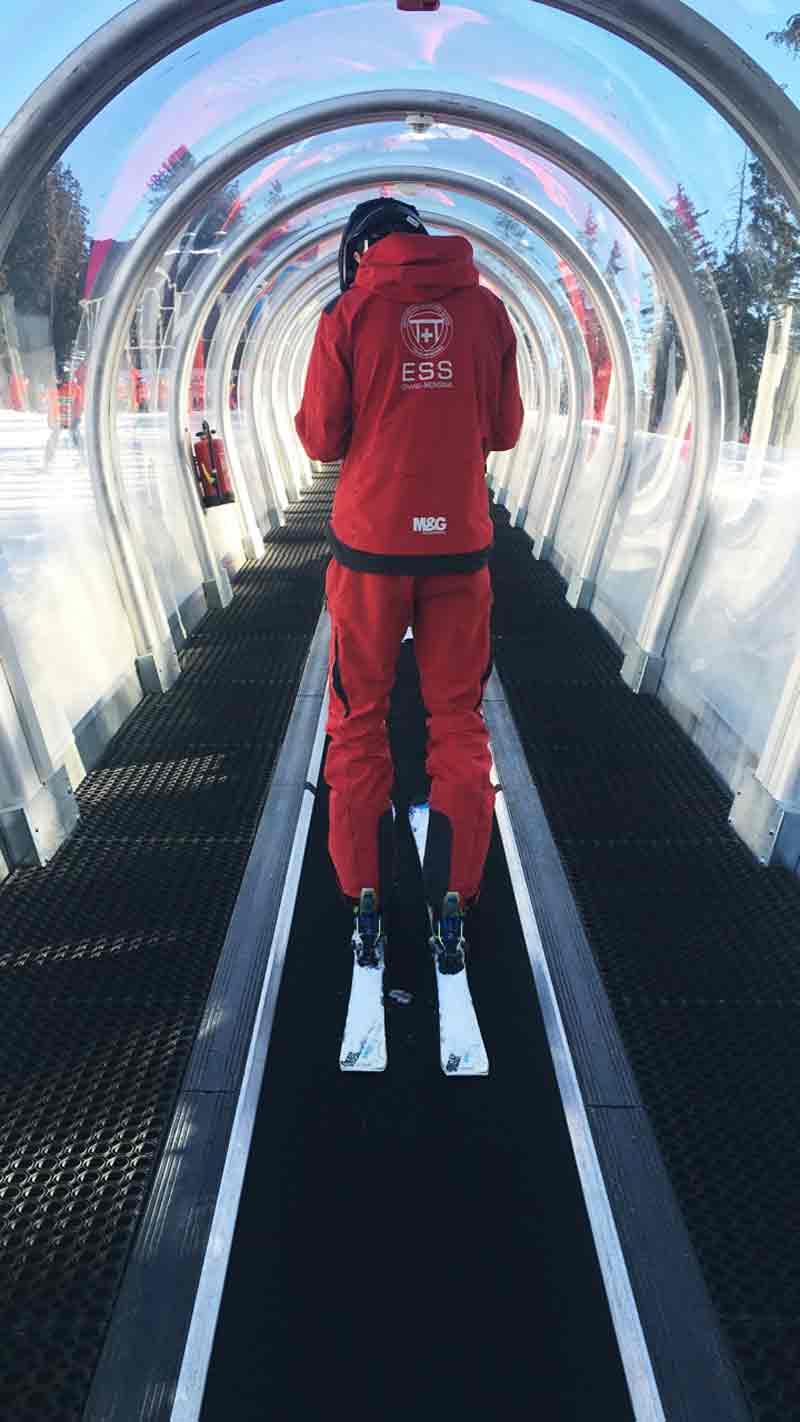 Auf dem Teppich. Skifahren lernen in drei Tagen