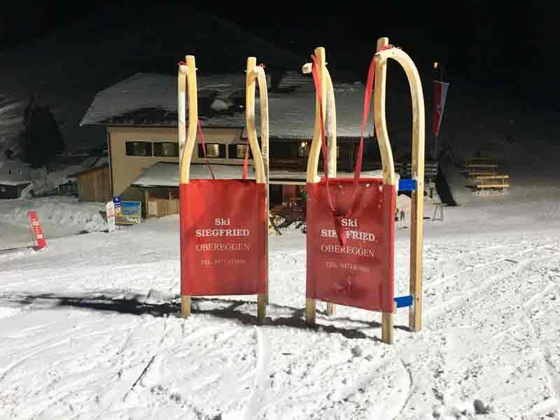 Schlittten fahren im Skigebiet Obereggen in Südtirol