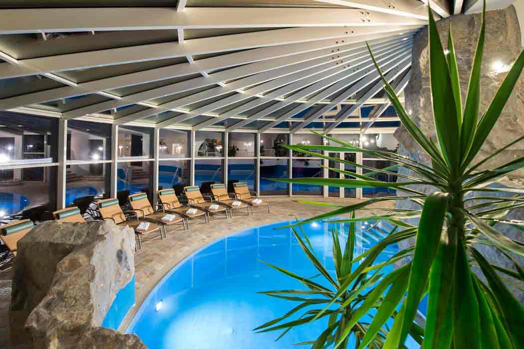 Pool-Hotel-tuxertal