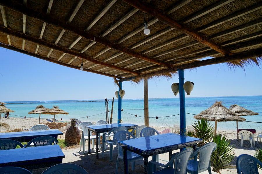 Blaue Lagune restaurant am Strand Djerba