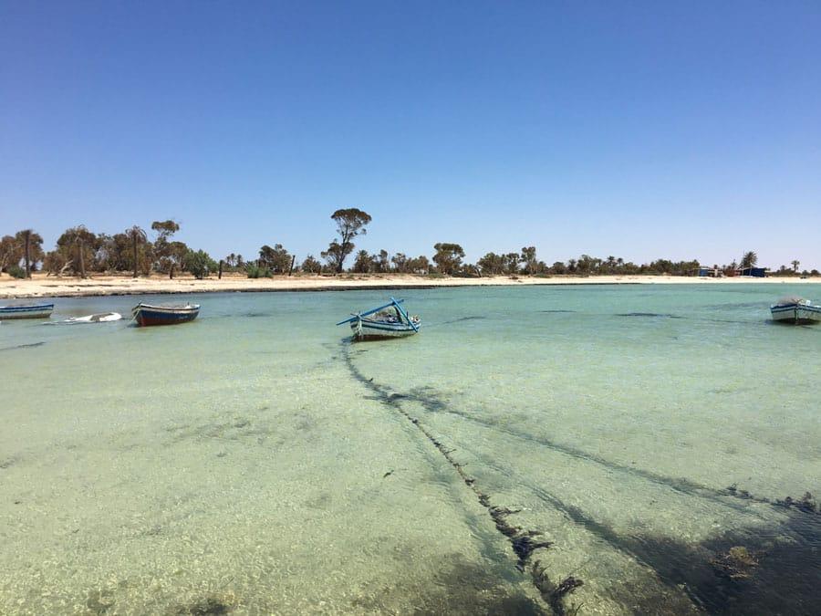 Fischboote wilde Westküste von Djerba