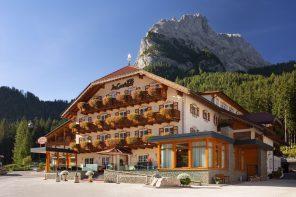 Hotel La Cacciatora im Herzen der Dolomiten