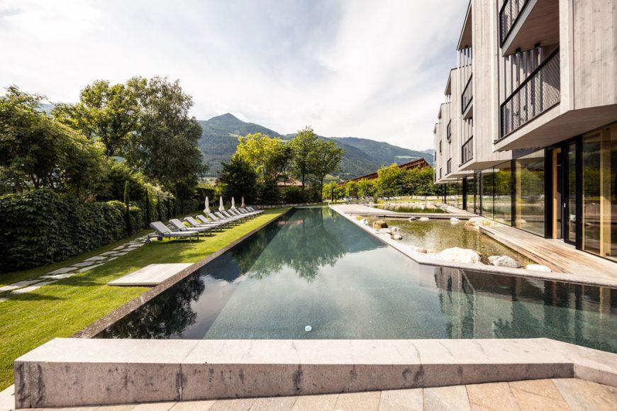 Pool im Hotel Sand Bikehotel im Vinschgau
