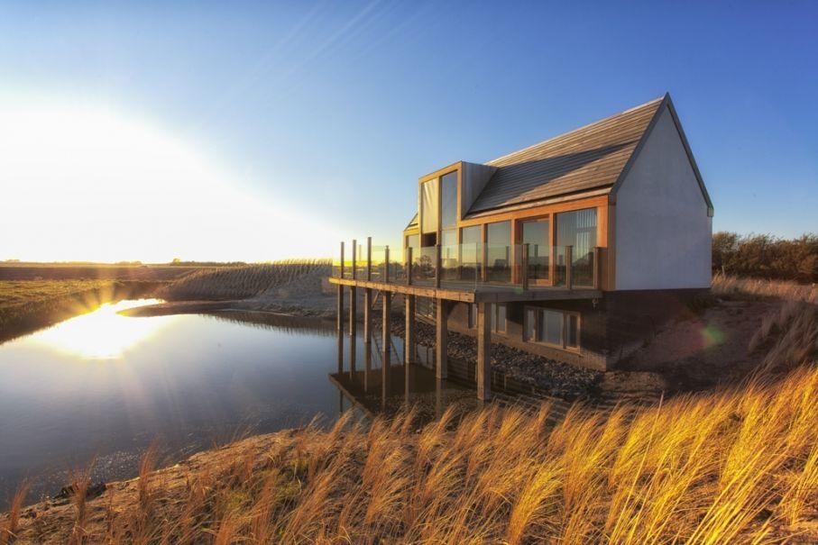 Ferienhaus in der Natur am Wasser
